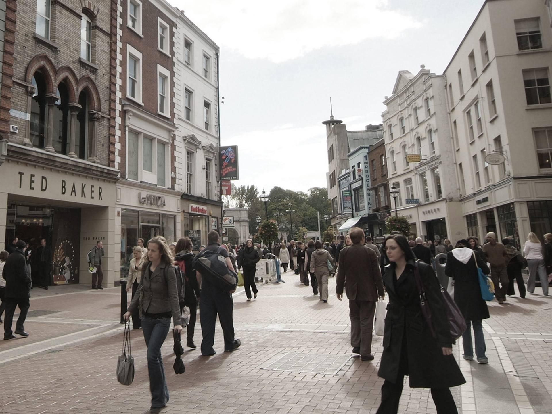 People shopping on Grafton Street